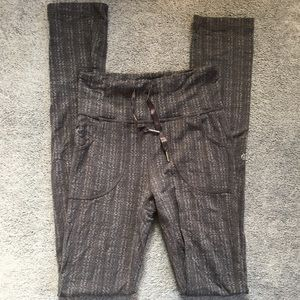 Lululemon Gray Skinny Will Pants